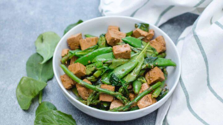 Tofu and green salad 4