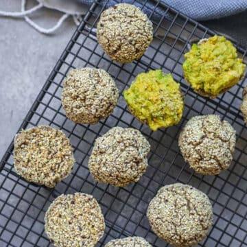 gluten-free vegan quinoa bread rolls
