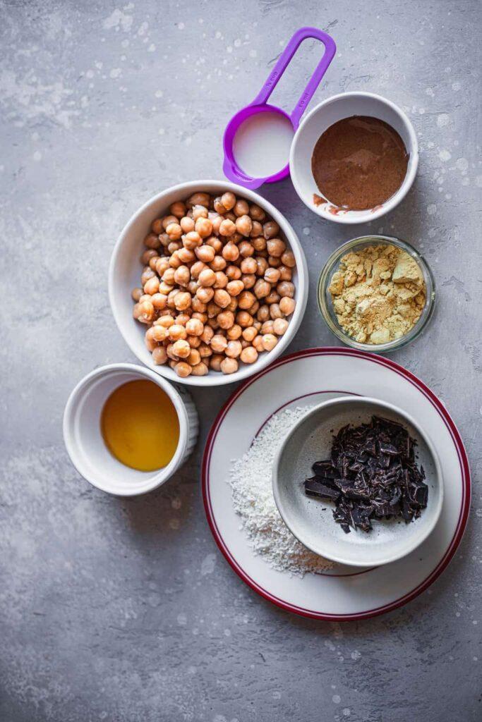 ingredients for vegan smoothie bowl
